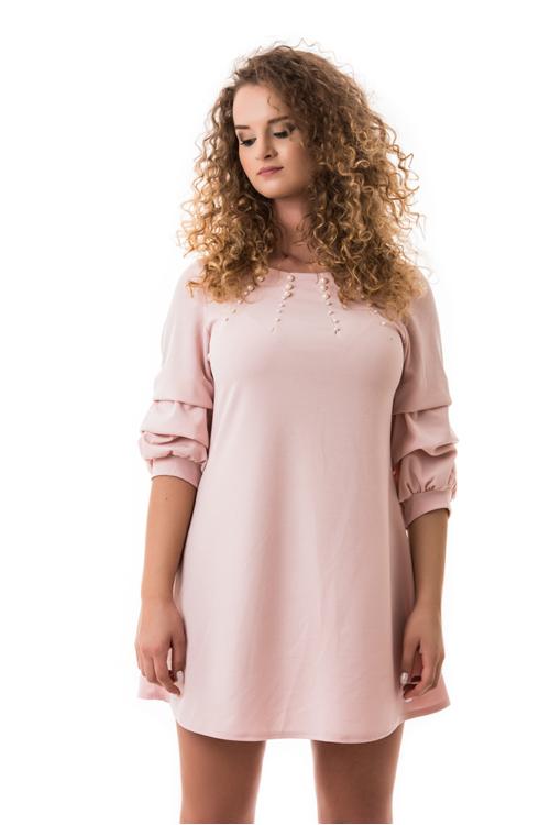 Húzott ujjú, gyöngyös ruha, fáradt rózsaszín