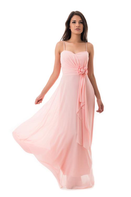 Derékban selyemrózsás, gyöngyös maxiruha, rózsaszín