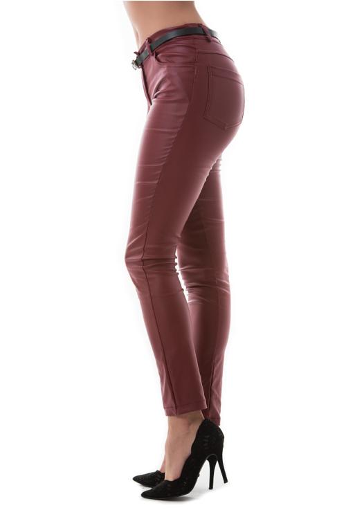 Bőrhatású nadrág, bordó