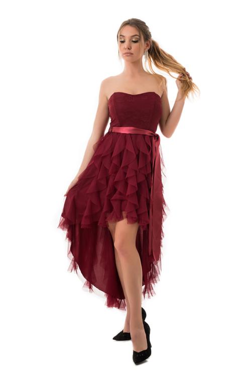Aszimmetrikus, szatén szalagos ruha, bordó