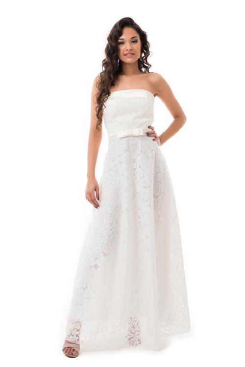 Barokk mintás, selyem rátétes maxiruha, fehér