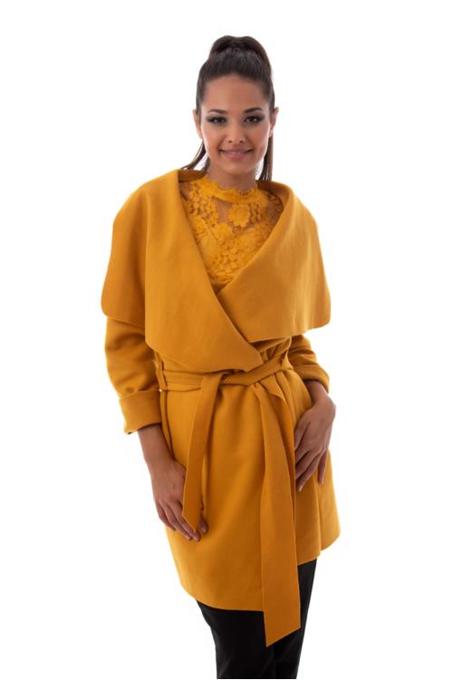 Szövethatású átmeneti kabát, sárga