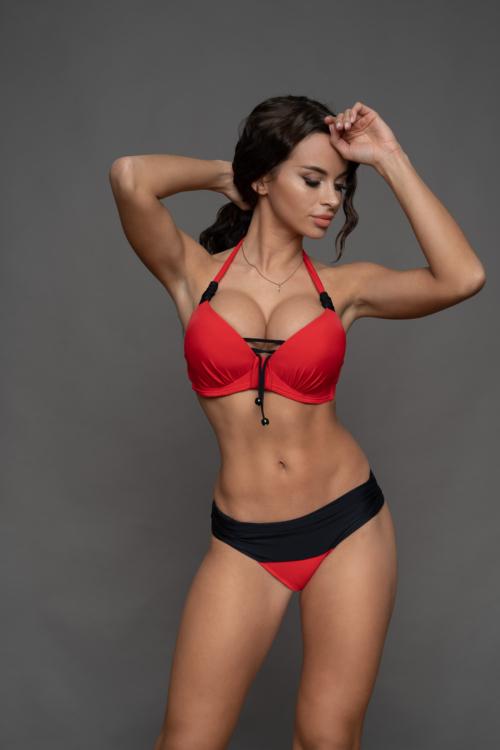 Pyramid kosár hatású fűzős bikini, visszahajtós alsóval, piros-fekete D-E kosár